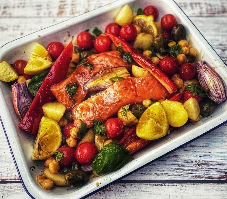 Mediterranean Tray-Bake Salmon